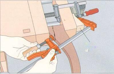 Восстановление поврежденной ноги трехногого стола